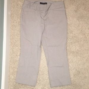 The Limited Capris Exact Stretch size 8